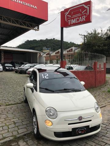 Fiat 500 1.4 Cult com teto solar