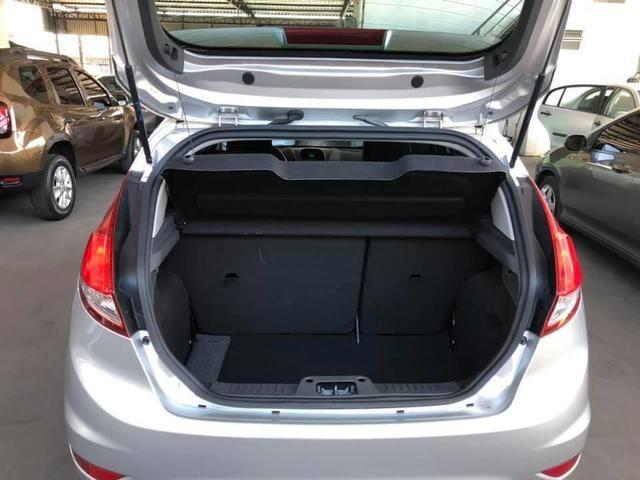 Ford Fiesta SEL 1.6 2016/2017 - Foto 16