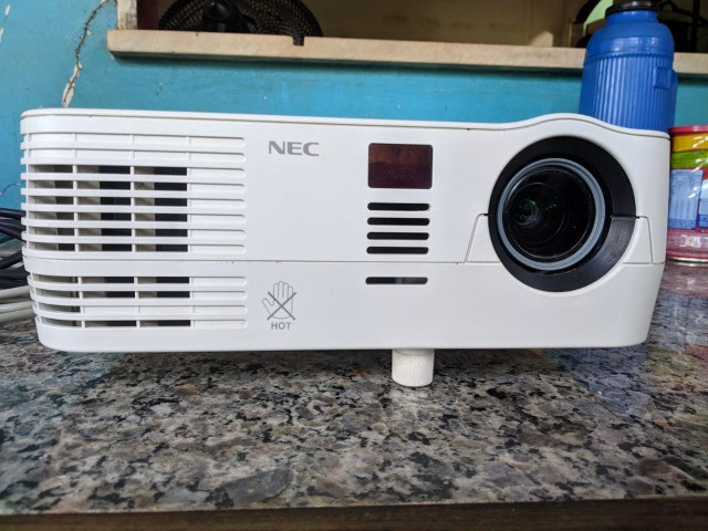 Projetor nec np-ve282b - Foto 2