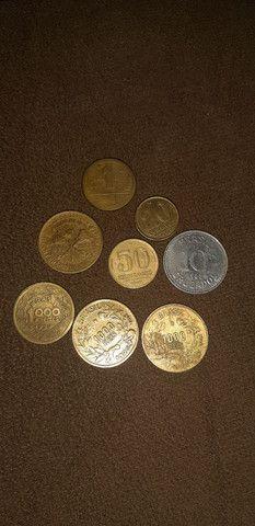 Vende se moedas antigas 100