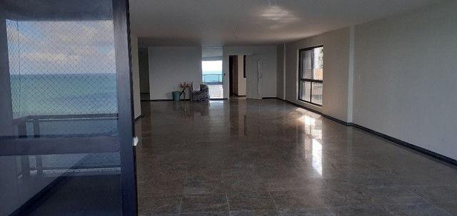 AL98 Apartamento 4 Suítes e Varandas, Varandão, 6 Wc, 3 Vagas, 405m², Beira Mar Boa Viagem - Foto 4