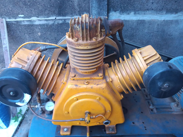 Compressor 60 pés 15 CV - Foto 2
