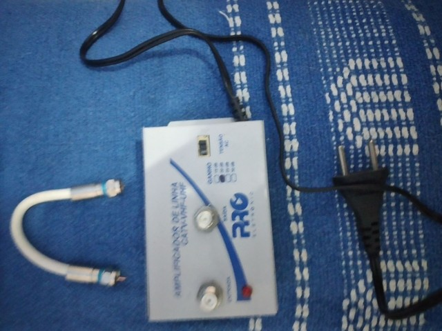 Amplificador de linha pro CATV-VHF-UHF - Foto 4