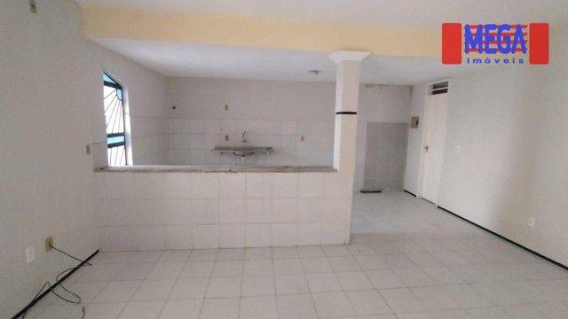 Casa com 3 suítes para alugar próximo à Av. Godofredo Maciel - Foto 3