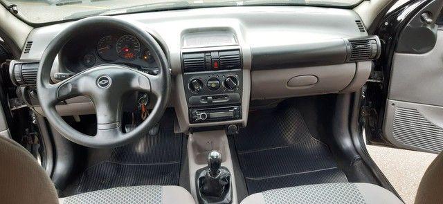 Chevrolet corsa clássic sedã preto completo motor 1.0 ano 2010 - Foto 14