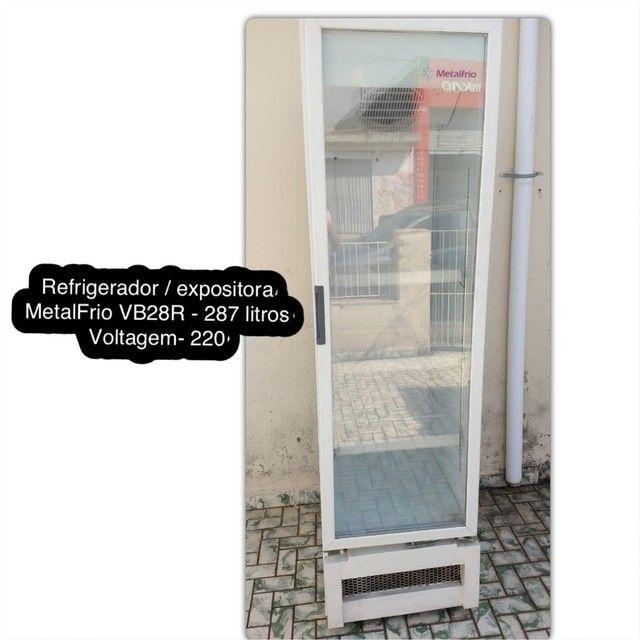 Refrigerador Expositor MetalFrio - VB28R - voltagem 220