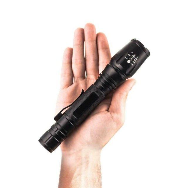 Lanterna Tática LED WU-T6 Police 2.210.000 Lumens Com 2 Baterias de Longa Duração - Foto 3