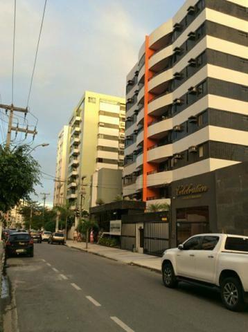 Oportunidade. Vendo apartamento na Ponta Verde