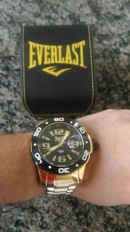 506203ae1cd Relógio EVERLAST masculino - Bijouterias