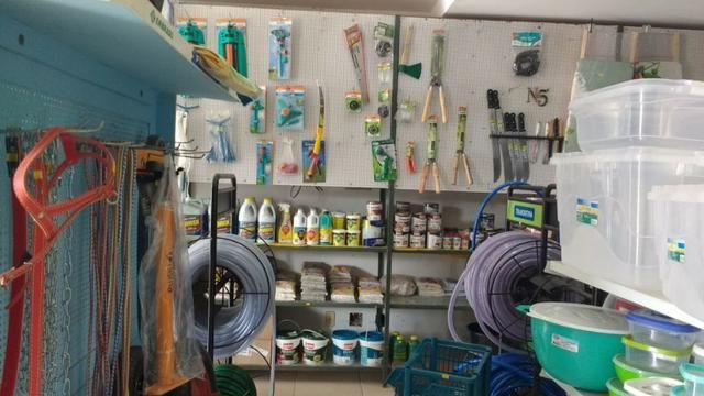 Loja no Condomínio Mansões Entre Lagos