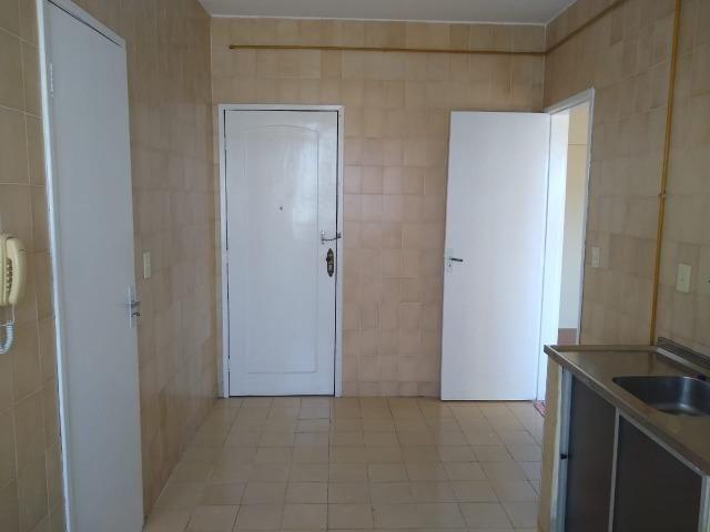 Ótimo apartamento com 03 quartos para aluguel no Centro - Foto 16