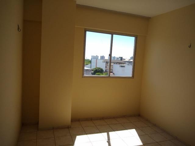 Ótimo apartamento com 03 quartos para aluguel no Centro - Foto 9