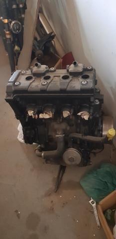 Motor xj6 600cc