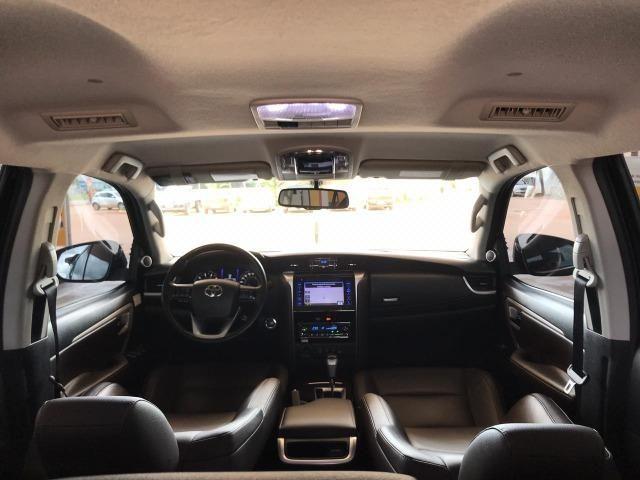 Toyota Sw4 SRX 4x4 2.8 7 lugares - Foto 8