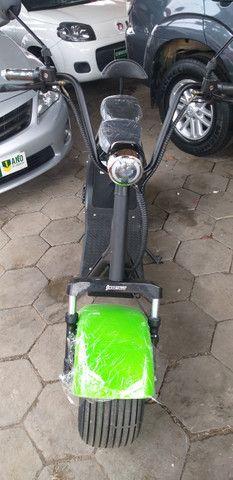Motocicleta eletrica 60v, chega de ipva,licenciamento ,e gasolina - Foto 2