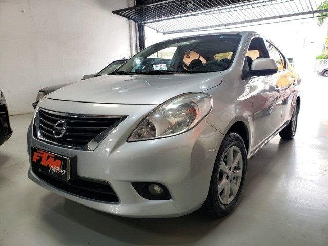 Nissan Versa SL 1.6 Flex 2013