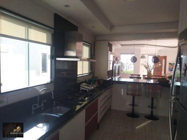Duplex com 04 quartos, todo fino acabamento, espaço construir piscina e área gourmet - Foto 6