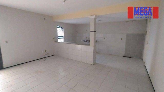 Casa com 3 suítes para alugar próximo à Av. Godofredo Maciel - Foto 2