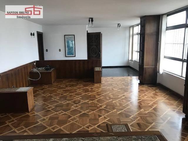 Cobertura 300 m² 4 dorm, sendo 1 empregada, 1 suíte, 3 salas, cozinha e 2 vagas para aluga - Foto 2
