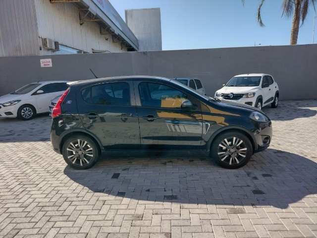 Fiat Palio Sporting 1.6 2016 Teto sola  40KM Versão blue edition - Foto 6