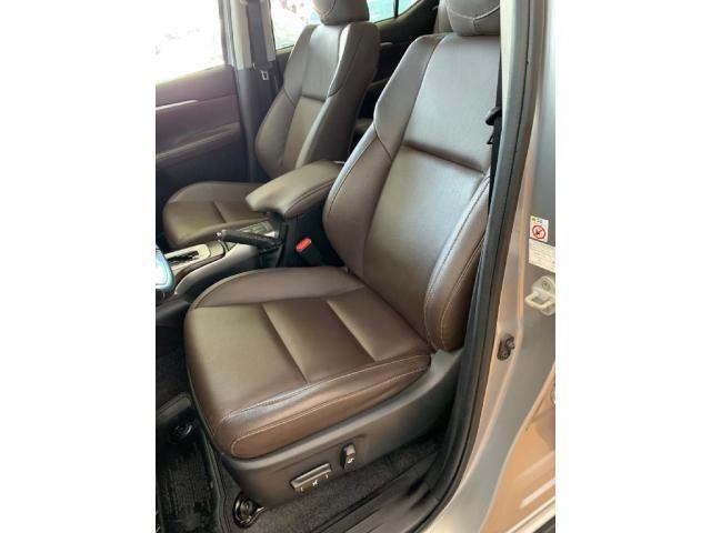 Toyota Hilux Sw4 2.7 SRV 7 LUGARES 4X2 16V FLEX 4P AUTOMATICO - Foto 10