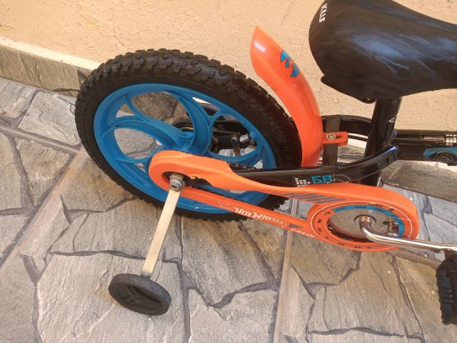 Bicicleta Caloi Hot Wheels aro 16 - Foto 2