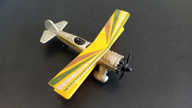4 Aviões  Matchbox - Foto 4