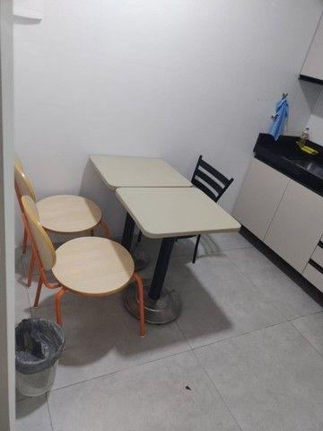 Alugo salas comerciais  com móveis e ar-condicionado. - Foto 8