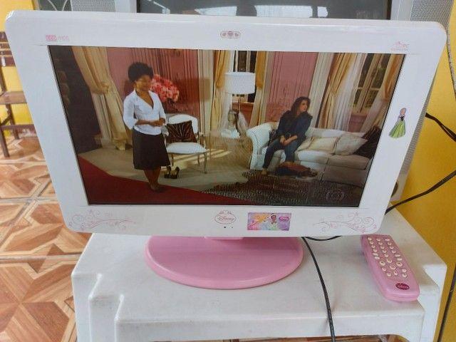 Vendo TV das princesas Disney  - Foto 3