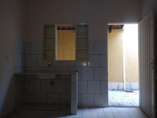 Casa em modelo de condomínio no Balneário Meia Ponte, 2 quartos, garagem próximo a comérci - Foto 8