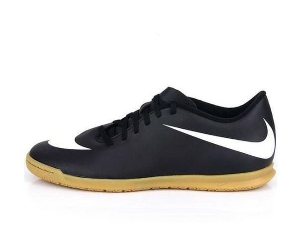 c643d58993 Chuteira Futsal Nike Bravata IC cor preta e branca TM 37.5