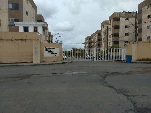 Excelente 2/4 - Condomínio Hildete Teixeira