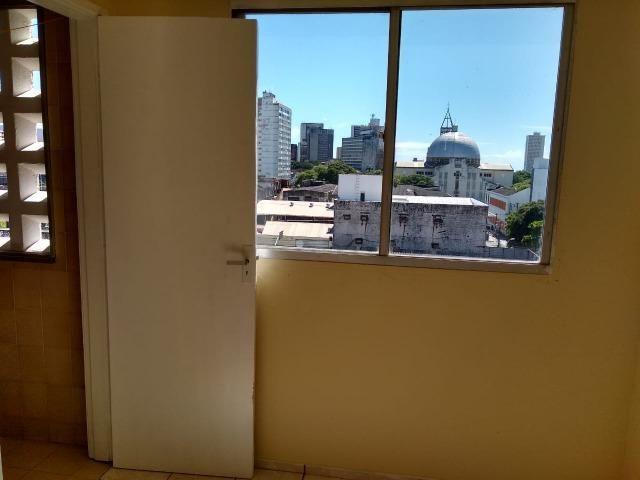 Ótimo apartamento com 03 quartos para aluguel no Centro - Foto 18