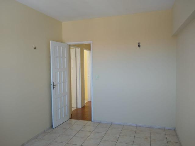 Ótimo apartamento com 03 quartos para aluguel no Centro - Foto 4
