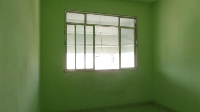 Apto vazio 2 qts, dependência completa, garagem Ref:8 - Foto 5