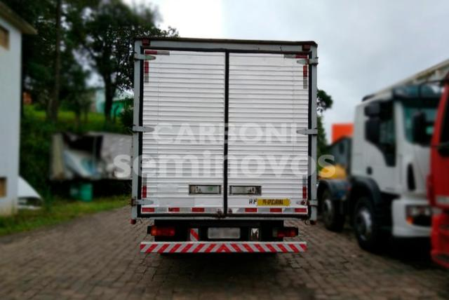 Iveco Daily 70.13 4X2, ano 2007/2007 - Foto 4