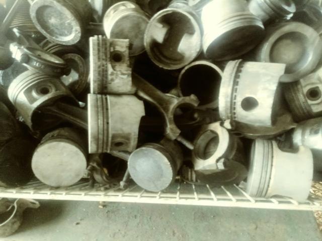 Pistoes Usados para varias marca de carros - Foto 2