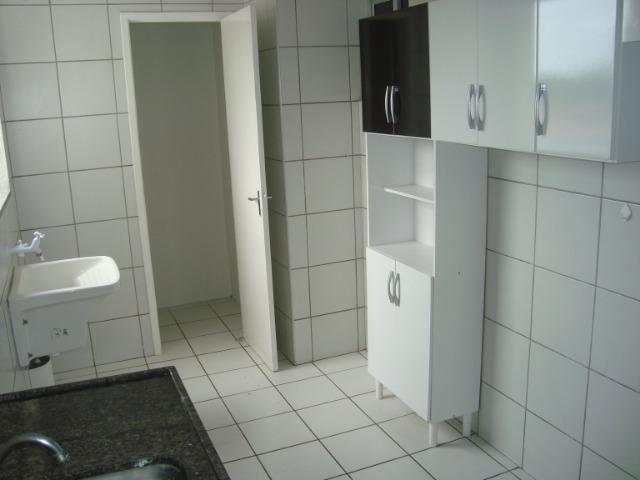 Apartamento de 80 m², 3 quartos e 2 vagas cobertas na garagem - Foto 8