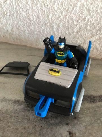 Batmóvel com batman DC comics Imaginext  - Foto 3