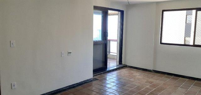 AL98 Apartamento 4 Suítes e Varandas, Varandão, 6 Wc, 3 Vagas, 405m², Beira Mar Boa Viagem - Foto 7