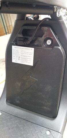 Motocicleta eletrica 60v, chega de ipva,licenciamento ,e gasolina - Foto 5