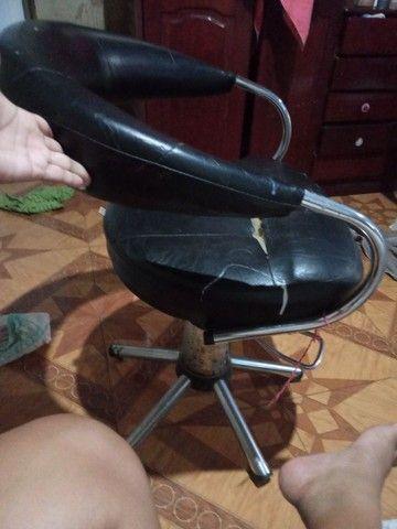 Vende cadeira hidráulica ou troca  em celular  - Foto 2