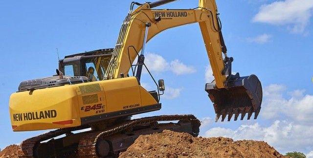 Escavadeira E245C-EVO