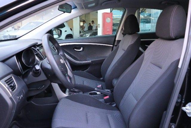 Hyundai i30 1.8 gasolina, automatico+ mulmidia baixo km, unico dono! - Foto 4