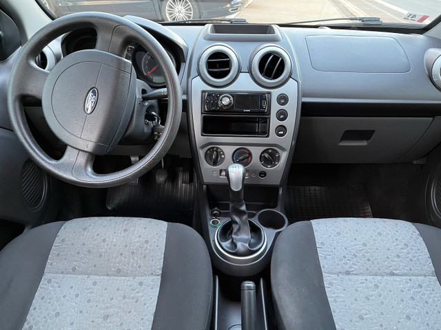 Ford Fiesta Class 1.6 - 2012 / 2013 - Foto 5