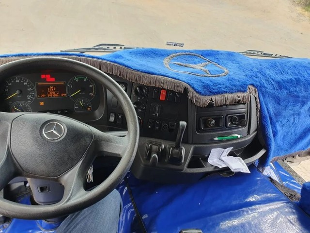 Mercedes-benz Axor<br><br>