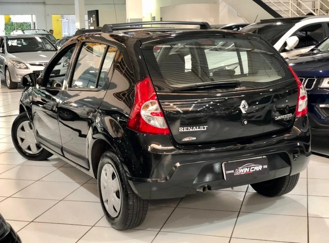 Renault Sandero Expression completo 1.6 - 2011- 70mil km  - Foto 4