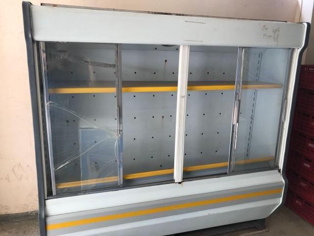 Expositor vertical 4 portas