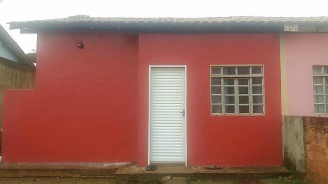 Vendo casa em condomínio