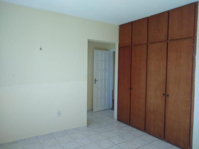 Ótimo apartamento com 03 quartos para aluguel no Centro - Foto 6